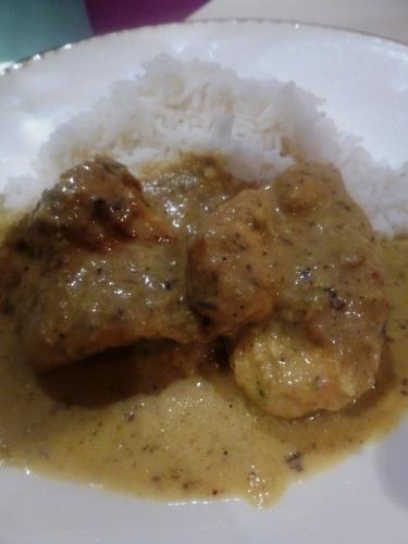 poulet,curry,golden,raisins secs,lait de coco,banane,noix de coco
