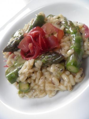 risotto,arborio,carnaroli,truffes noires,cèpes,champignons,asperges vertes,shery dry,fino,bresaola,parmesan,bouillon de volaille