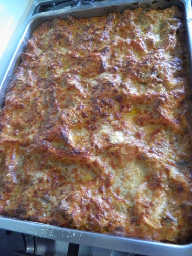 lasagna,tomates,champignons,béchamel,emmenthal,parmesan,mozzarela,muscade,jambon