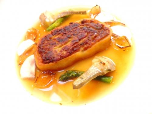 viande de pot-au-feu,carottes,navets,poireau,oignon,farine,bouillon de boeuf,oeufs,semola,miso,ail,pinot blanc,moutarde,oignons,asperges vertes,artichauts,lard,beurre salé,coriandre
