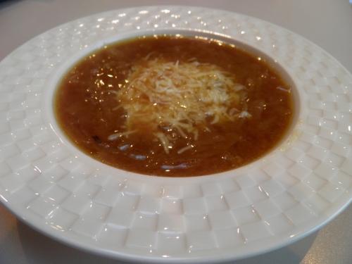 Oignons, Miso, Bouillon de pot-au-feu, Piment d'Espelette