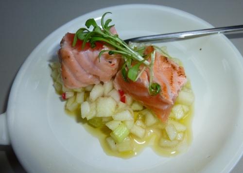 granny-smith,jeunes oignons,saumon,espadon,thon,citron vert,ail,piment,fleur de sel,cressonette