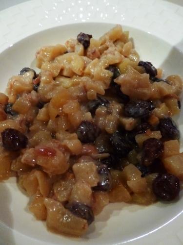 pommes,jonagold,citron,cannelle,vanille,dattes,medjoul,raisins secs,calvados,crème,cassonade,cassonade graeffe,fleur de sel