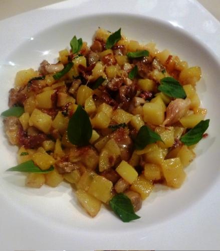 pommes de terre,beurre,parmesan,ail,fond de volaille,cèpes,jambon de bayonne,basilic thaï