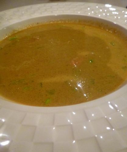 Moules, Fumet de Poisson, Carottes, Poireau, Vin Blanc, Céleri, Pomme de Terre, Oignons, Curry de Madras