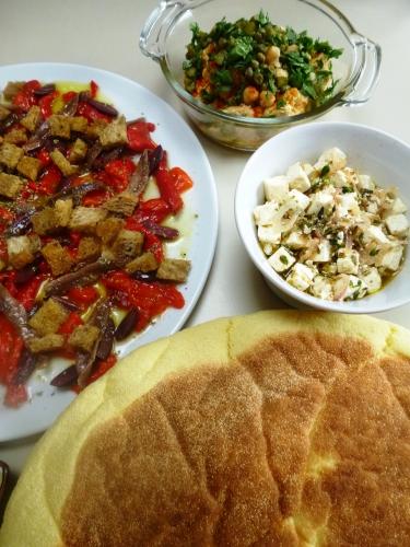 poivrons,anchois,kalamata,olives,citron,huile d'olive,origan