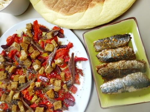 sardines,paprika,pistaches,noisettes,amandes,cumin,huile d'olive