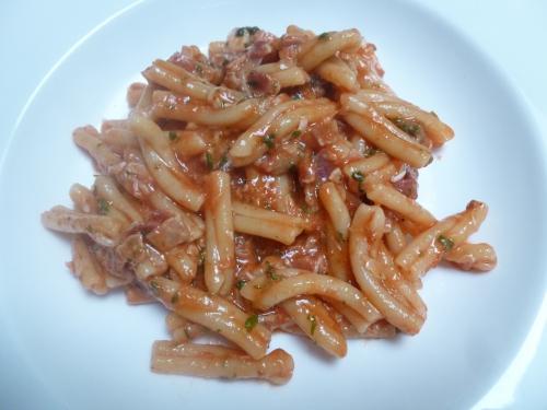 Treccie, Lampascioni, Coulis de Tomates, Ail, Basilic, Persil, Pancetta, Huile d'Olive, Parmesan