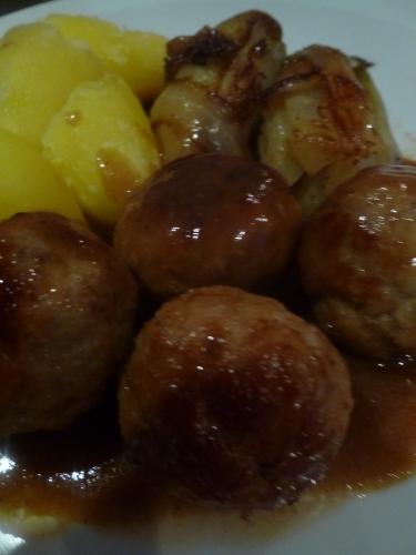 haché porc-veau,pommes de terre,chicons,chicoré,sirop d'érable,muscade,sauce carbonnades flamandes